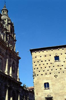 Casa de Las Conchas y Clerecía, Salamanca