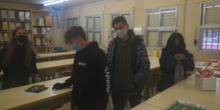 Alumnos con sus maquetas