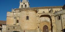 Fachada de la iglesia de la Magdalena en Torrelaguna