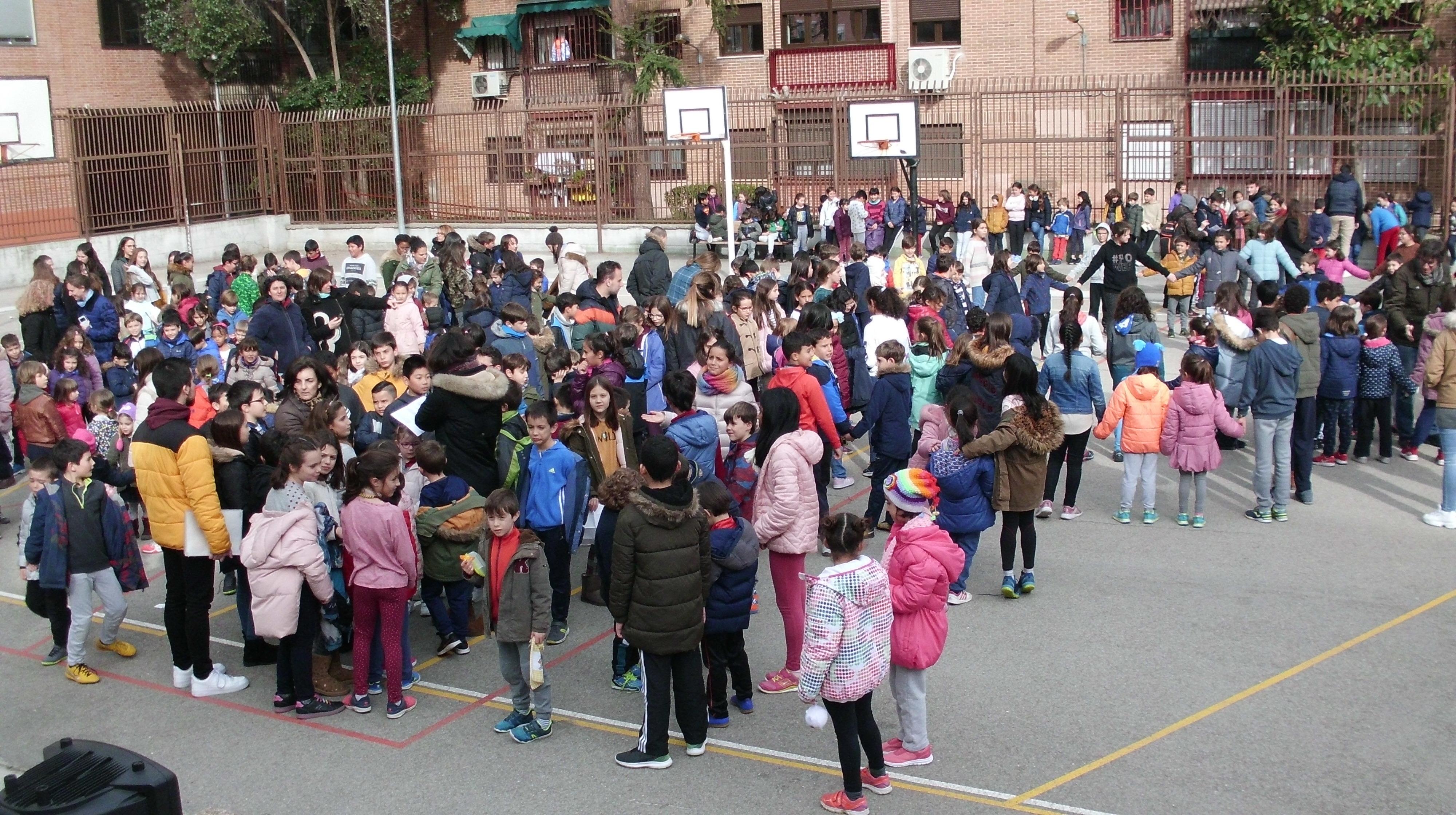 "HOSTOS: "" ESCUELA ESPACIO DE PAZ"" 7"