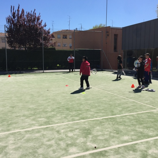 MAÑANAS ACTIVAS. Polideportivo San Vicente de Paul. 25