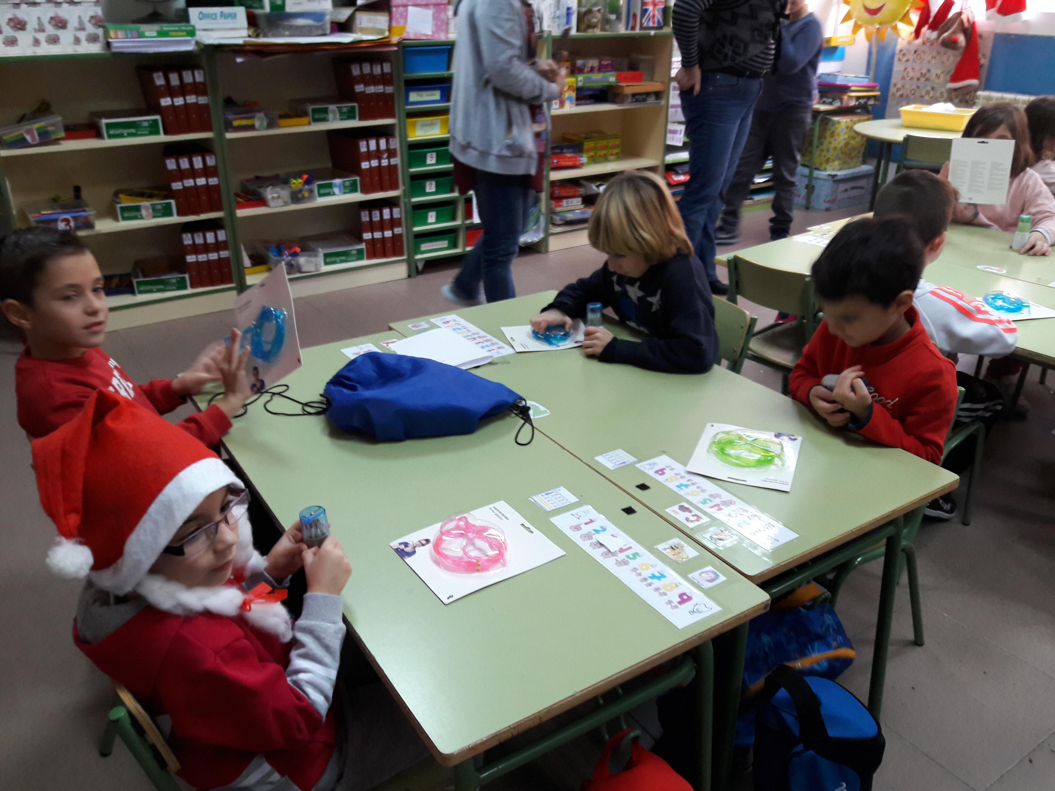 Santa Claus comes to School 9