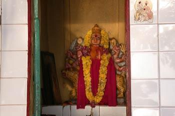 Diosa Durga montada en un tigre