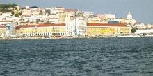 De Lisboa a Cacilhas, cruzando el Tajo, Portugal
