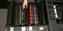 Sistema de protección trasero de máquina de offset