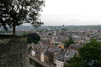Ciudadela y al fondo la Catedral, Namur, Bélgica