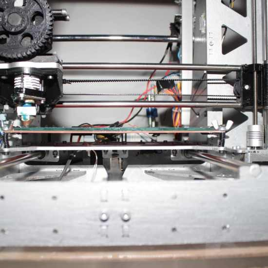 Impresora 3D Prusa i3 Steel vista de frente