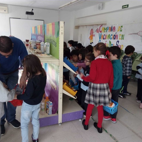 2018_11_Primero realiza el taller de Consumo del Ayto_CEIP FDLR_Las Rozas 13