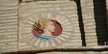 Ornamento cara masculina fachada de la lonja, Zaragoza