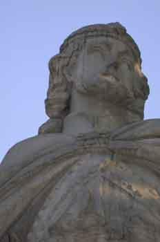 Detalle de la estatua del rey visigodo Gundemaro