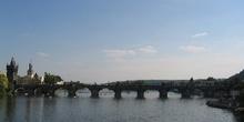 Puente de Carlos sobre el Moldava