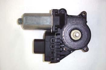 Elevalunas electrónico. Conjunto motor y electrónica