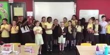 La Bamba - Intercambio de canciones (colegio St Francis en Glasgow)