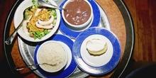 Plato de comida oriental