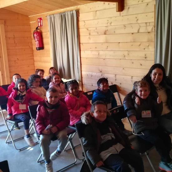 2019_12_18_Los monos azules visitan a la mujer gigante_CEIP FDLR_Las Rozas 3