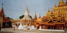 Pagoda Shwezigon en Bagan, Myanmar