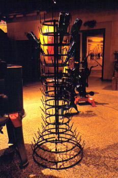 Aparato de metal para el secado de botellas de sidra, Museo de l