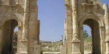 Arco de Adriano, Jarash, Jordania