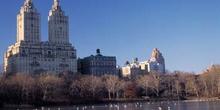 Vista de edificios aledaños al Central Park, Nueva York, Estados
