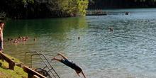 Tarde de verano en un lago, Queensland, Australia