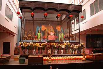 Interior de Templo chino, Medam, Sumatra, Indonesia