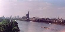 Vista de Colonia desde funicular, Alemania