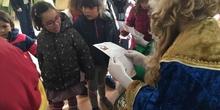 2019_12_20_Infantil 5B recibe la visita de sus Majestades_CEIP FDLR_Las Rozas 4