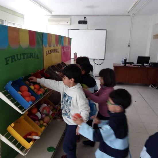 2018_11_Primero realiza el taller de Consumo del Ayto_CEIP FDLR_Las Rozas 10