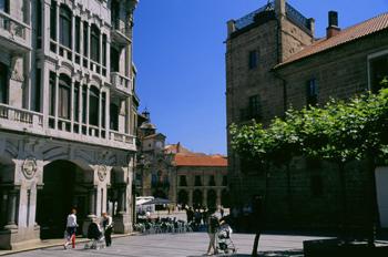 Calle de San Francisco, Avilés, Principado de Asturias