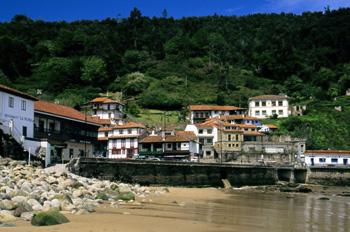 Vista parcial de Tazones, Principado de Asturias