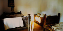 Casa de campesinos (s.XIX): Dormitorio, Museo del Pueblo de Astu