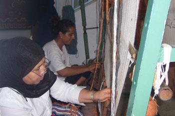 Mujeres tejiendo, Sousse, Túnez