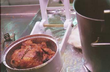 Envasado de un pollo asado