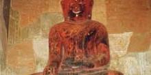Buda sentado en Bagan, Myanmar