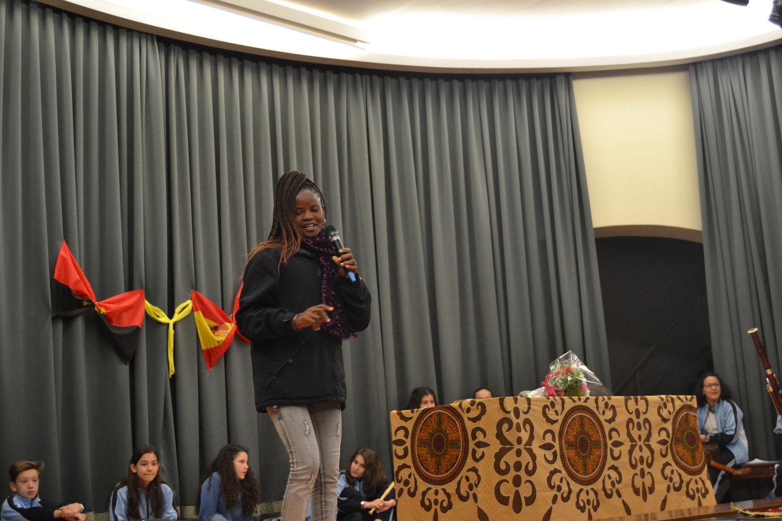 Bienvenida a Susan (profesora de Angola) 36