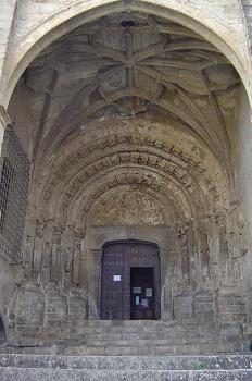 Templo de San Esteban. Portada con átrio gótico, Sos del Rey Cat