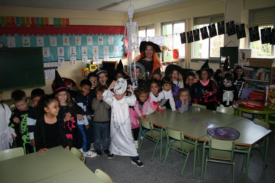 2016_10_Infantil, Primero y Segundo de Primaria_Celebrando Halloween 8