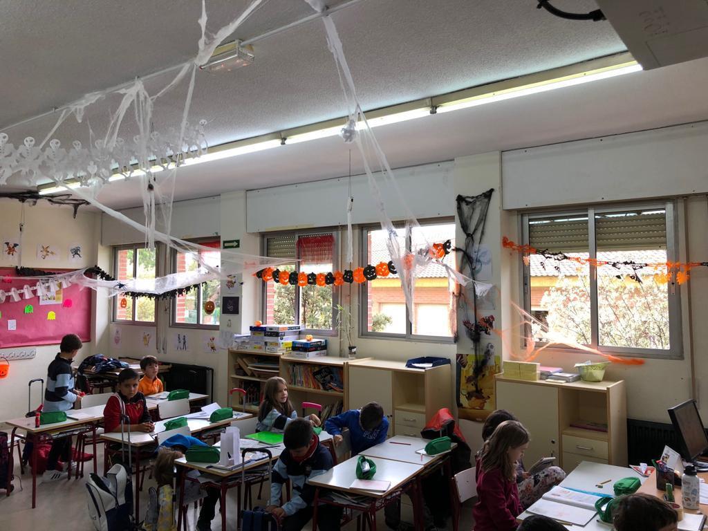 2018_20_30_Tercero disfraza el aula de Halloween...CEIP FDLR_Las Rozas 4