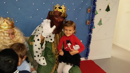 Los Reyes Magos visitan el colegio 11
