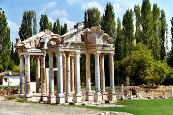 Tetrapylon, Afrodisias, Turquía