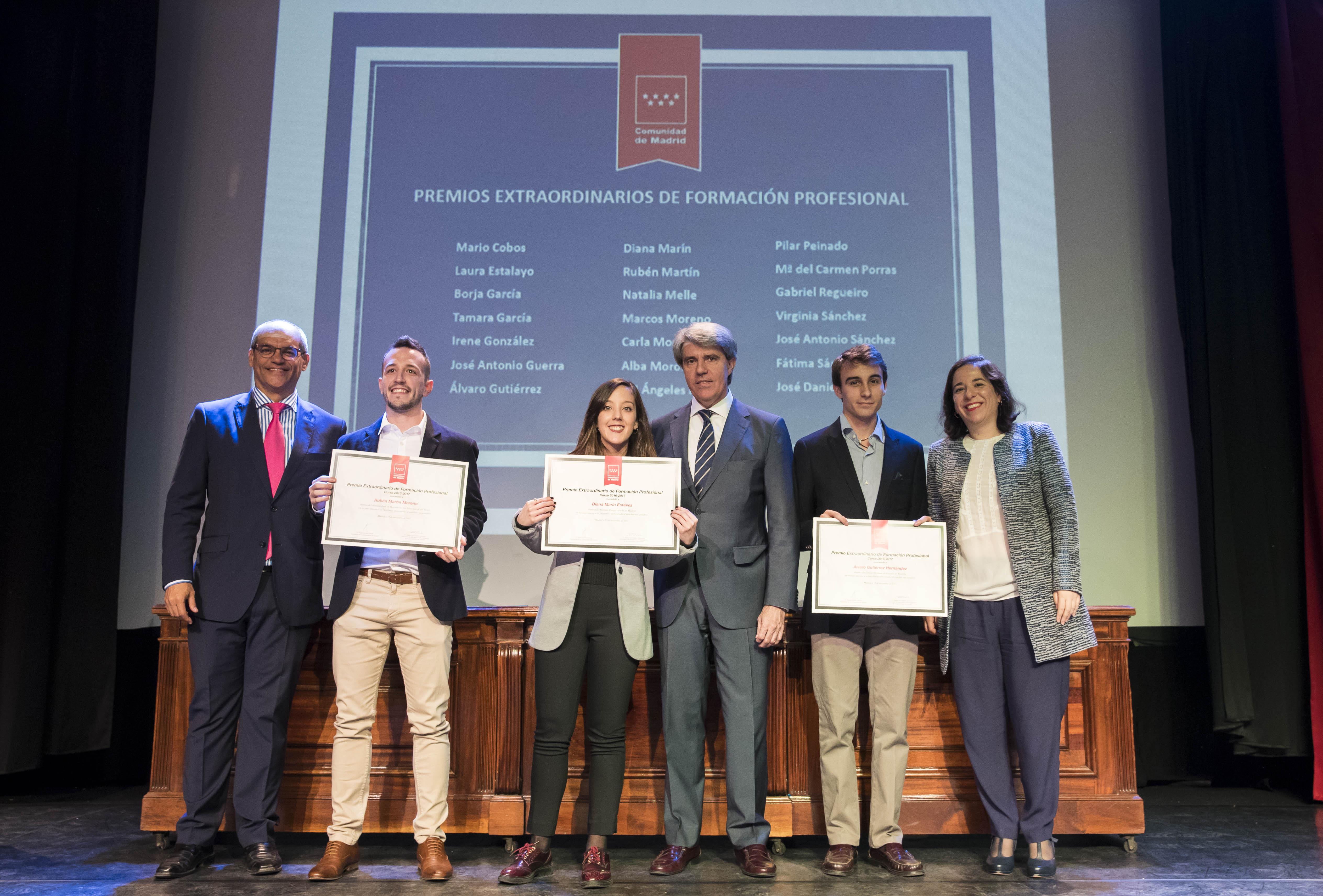 Entrega de los premios extraordinarios correspondientes al curso 2016/2017 16