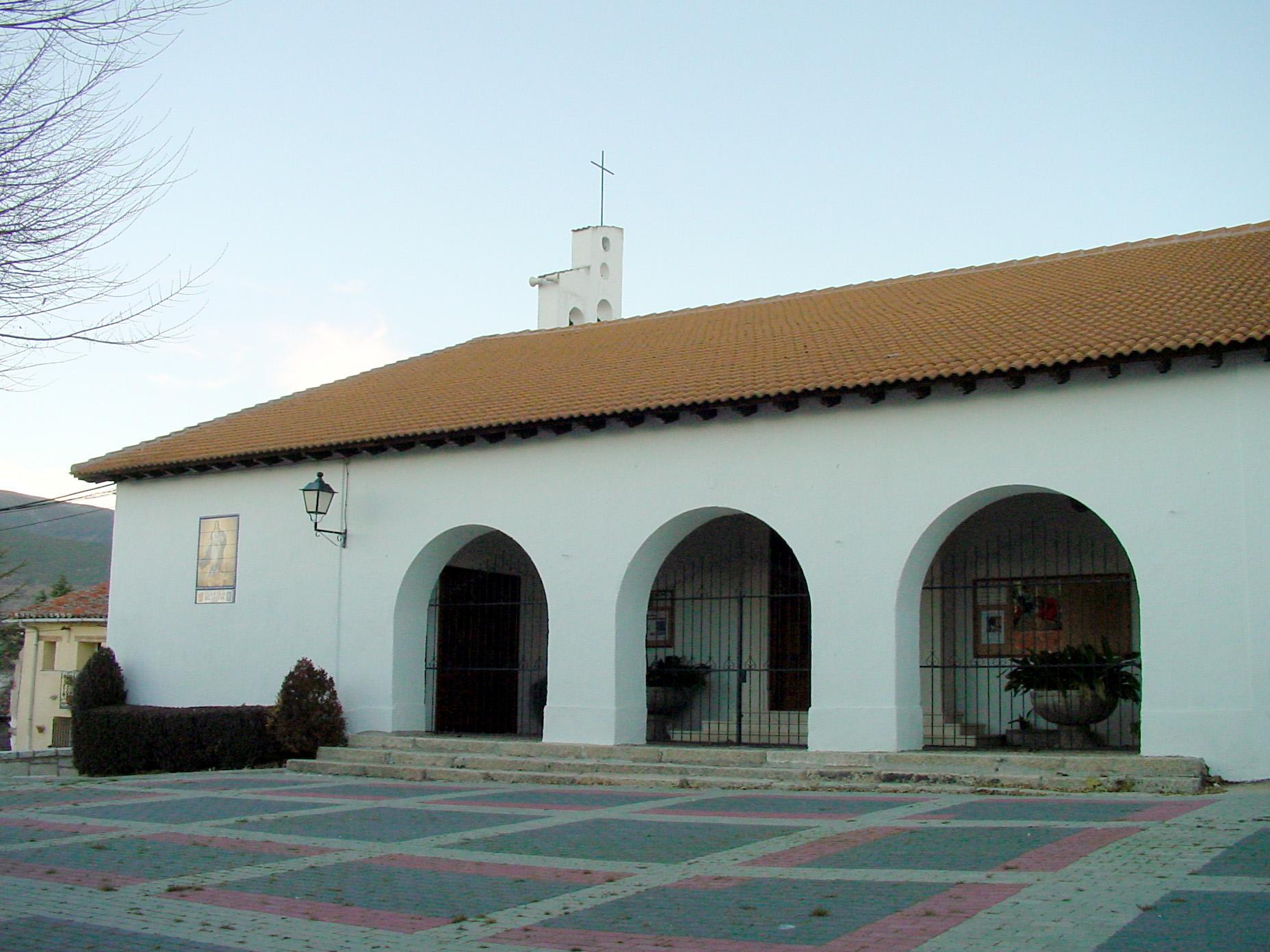 Lateral de iglesia en Villavieja del Lozoya