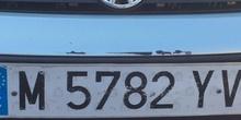 Cazando números en el parking del CP Mirasierra (2)