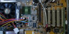 Controladores de sistemas integrados (Modem ,sonido, red). Detal