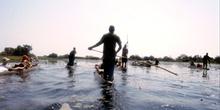 Canoas en el Delta del Okawango, Botswana