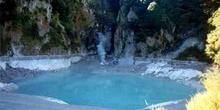 Cráter Inferno de Geiser del parque de Waimangu, Nueva Zelanda