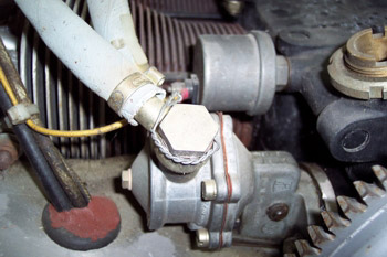Bomba de combustible mecánica de membrana