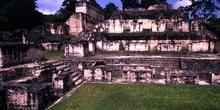 Estructuras en Tikal, Guatemala
