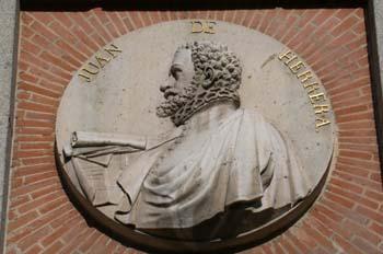Medallón del arquitecto Juan de Herrera