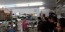 """Alumnos del IES Neil Armstrong de Valdemoro en la Facultad de Biológicas. UCM. Semana de la Ciencia. Taller de bioquímica """"pon un bioquímico en tu cocina"""". 15"""
